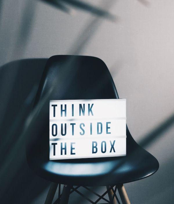 u-kemm_think outside the box