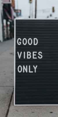 U-Kemm Good vibes only